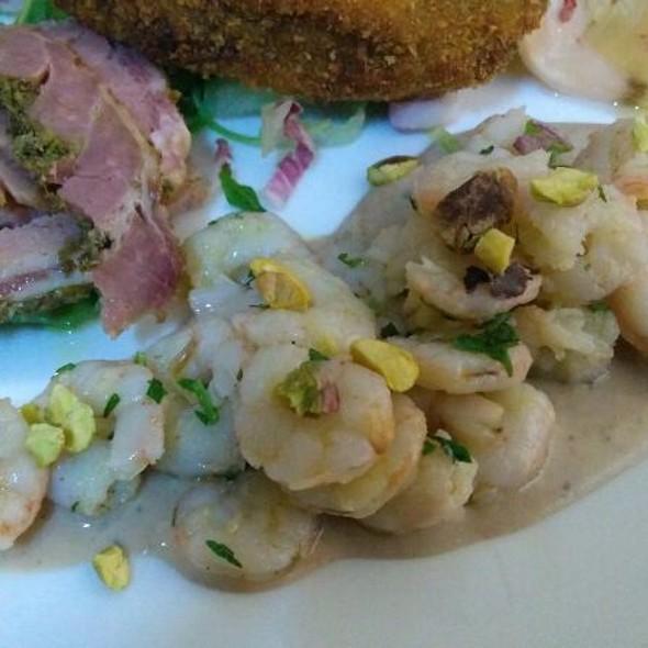 Shrimps In White Bean Cream @ La Perla Nera