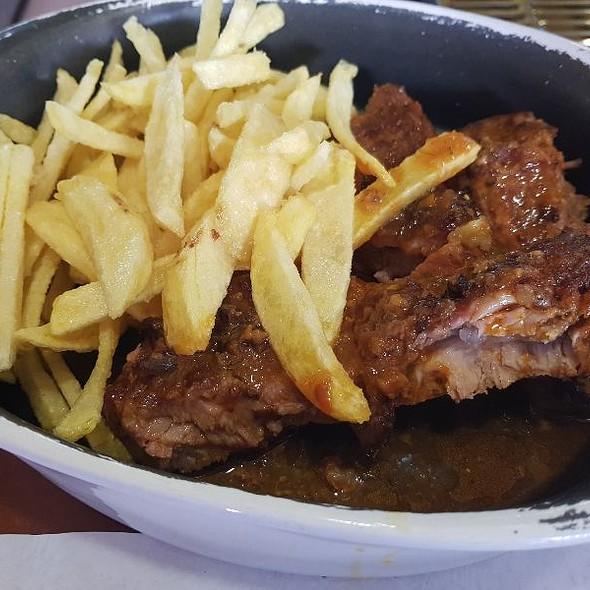Costelinhas De Porco C/ Molho De Churrasco