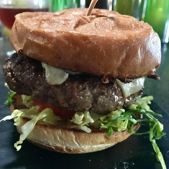 Pph Burger