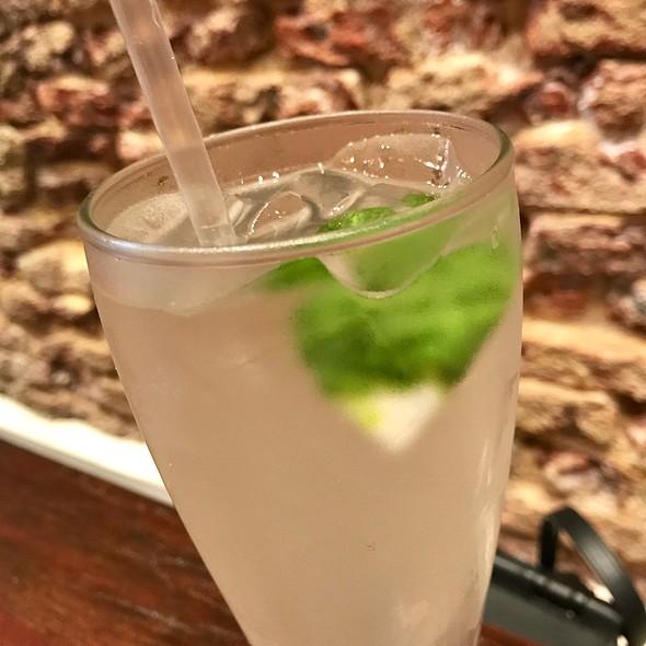 Iced Calamansi Lemongrass Tea @ The Coconut Club