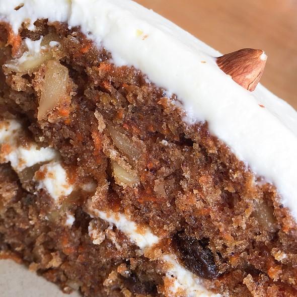Carrot Cake @ Mister Sunday