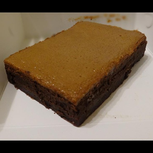 Salted Butterscotch Brownie @ Awfully Chocolate