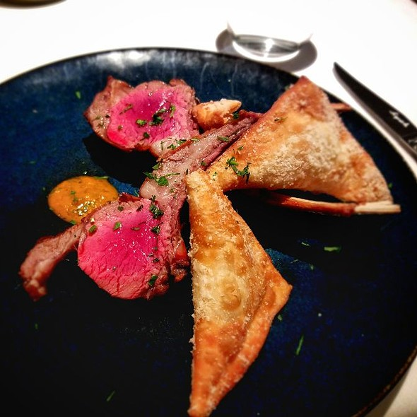 Lamb Chops And Ricotta Wontons @ BRABO