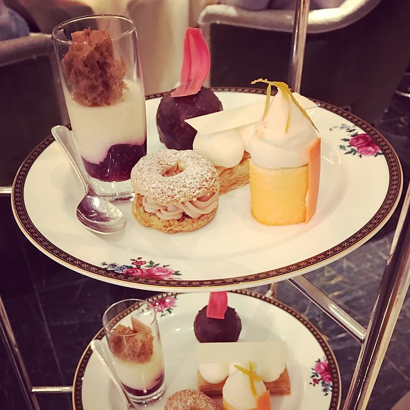 Wedgewood Afternoon Tea - Cakes