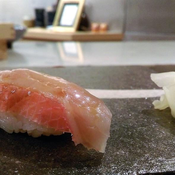 Premium Sushi 3