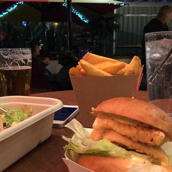 Calamari burger