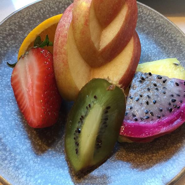 Side Fruit