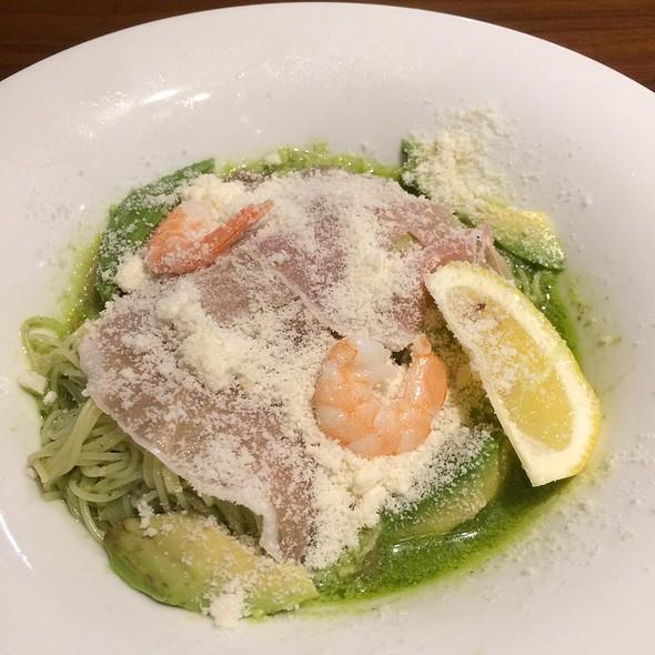 Prosciutto & Shrimp Pasta