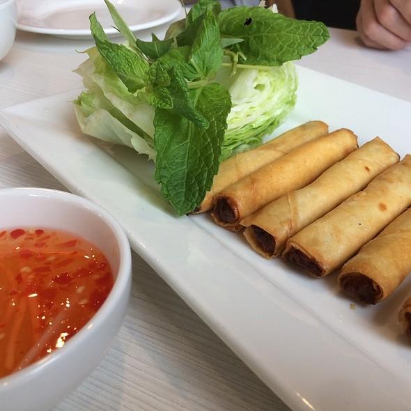 Crispy Fried Vitnamese Spring Roll