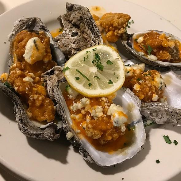 Buffalo Oysters @ Felix's