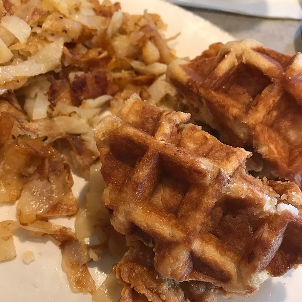 Chicken & Waffels! @ Toast And Jam
