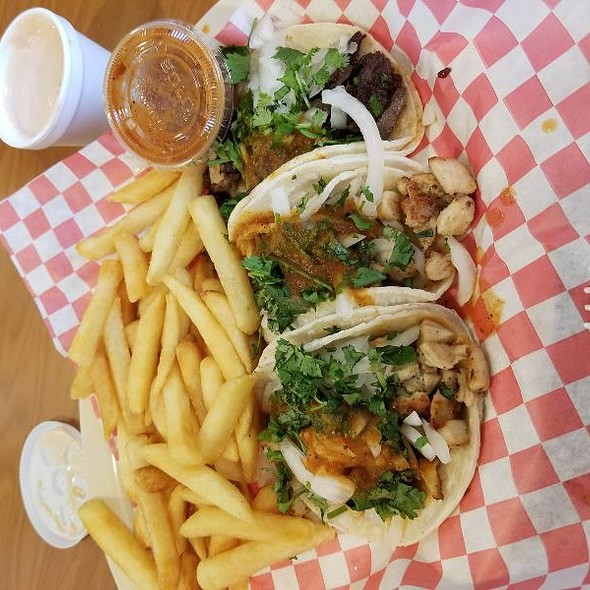 Taco Special @ Angelo's Burgers