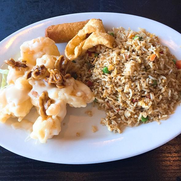 Honey Walnut Shrimp Lunch Special @ Golden Dragon Chinese Restaurant