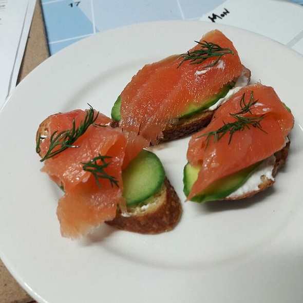 Smoked Salmon Crostini @ Central Kitchen At USC