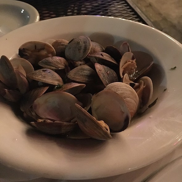 Vongole Al Forno: Clams In Broth