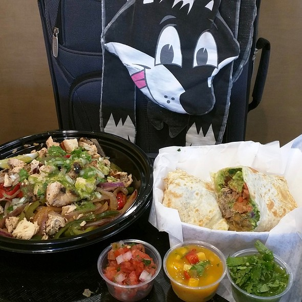 Chicken Baja Bowl and Carnitas Baja Burrito @ Baja Fresh