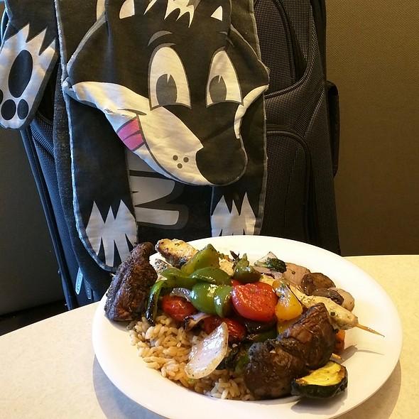 Chicken And Veggie Kebab @ Zoës Kitchen
