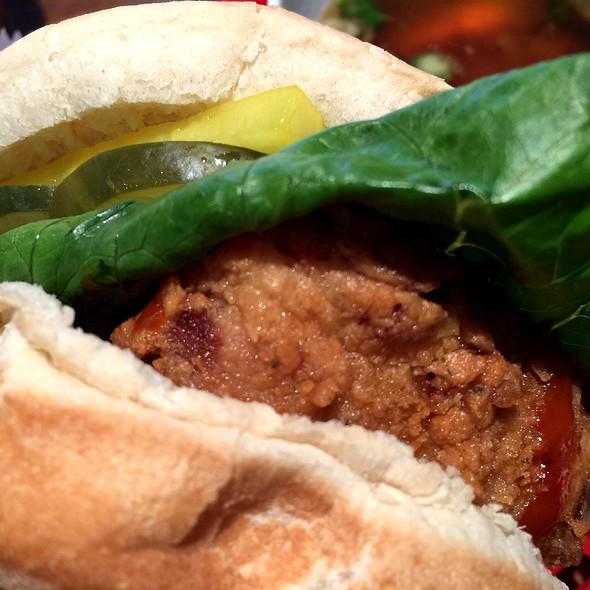 Korean Fried Chicken Sandwich @ Red Star Sandwich Shop