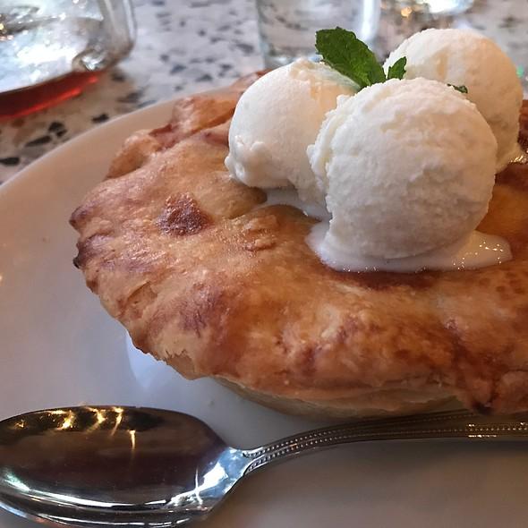 Strawberry Pie W/ Gelato