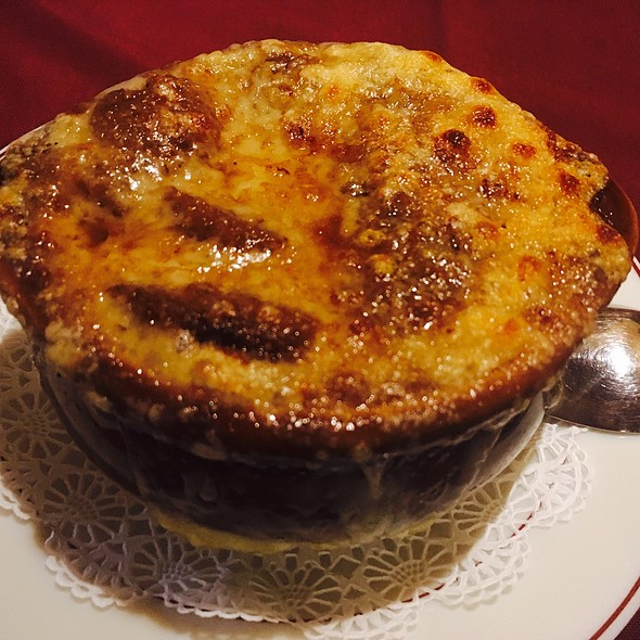 French Onion Soup @ Le Gourmet