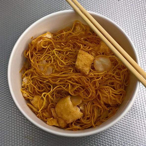Tofu Yakisoba Noodles
