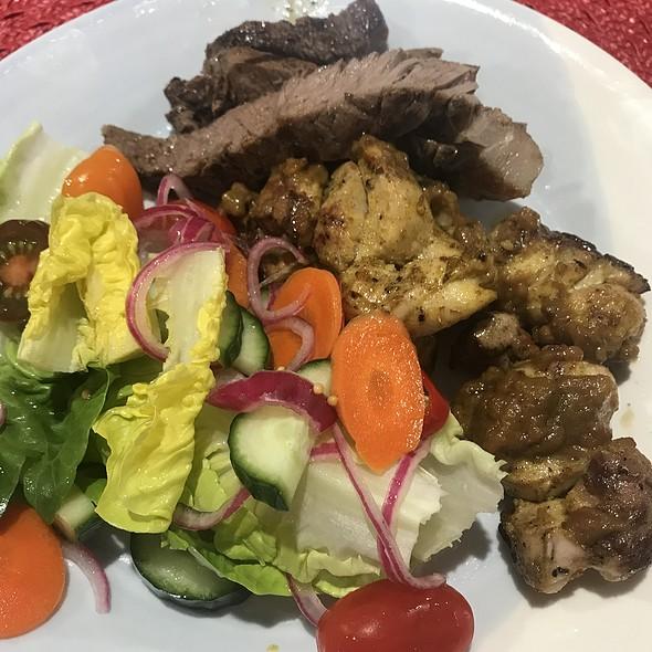 BBQ steak, satay and salad @ Chookys