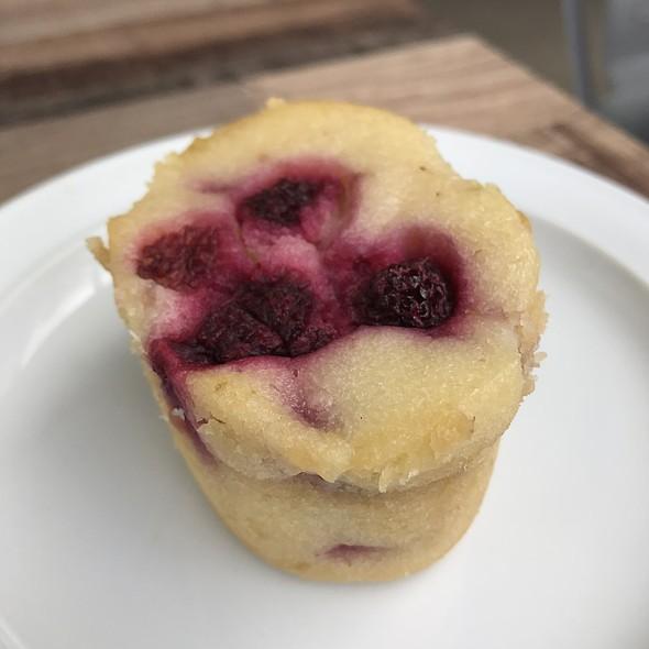 Raspberry Friand @ Fuzzy Duck Cafe