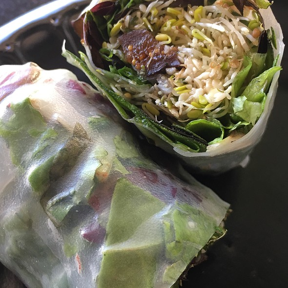Fig And Hemp Seed Spring Rolls