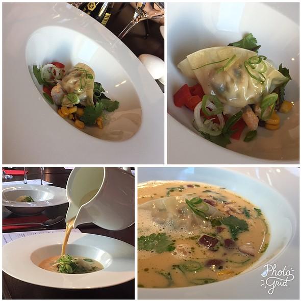 Tom Yum Kai @ Koishi - sushi a rybí restaurace Brno