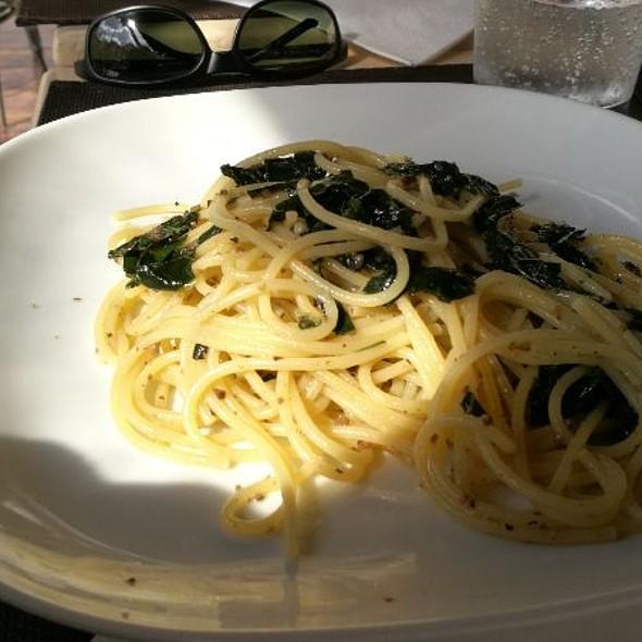 Spaghetti Cavolo Nero E Tartufo @ De Profundis Bar