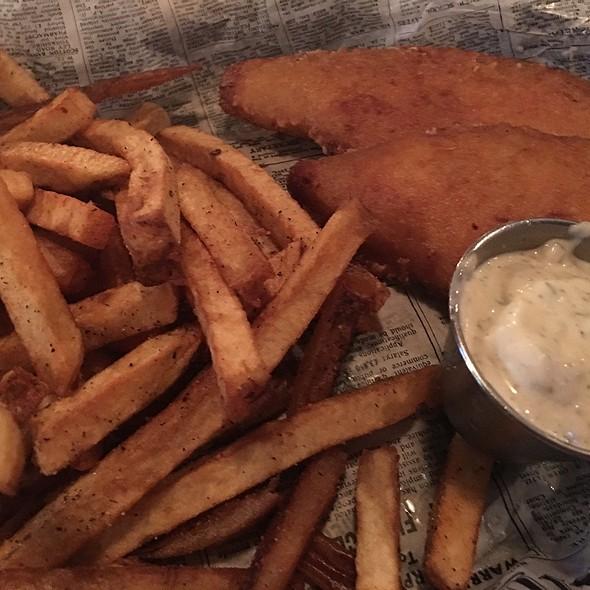 Fish & Chips @ Dublins Pass
