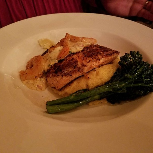 salmon and grits @ The RailYard