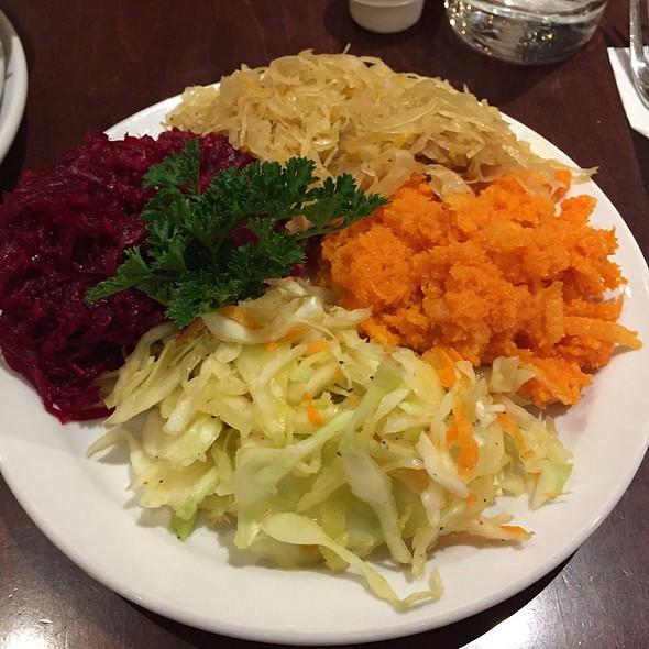 Polish Bouquet @ Cafe Polonez