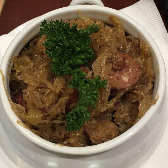 Hunter's Stew @ Cafe Polonez