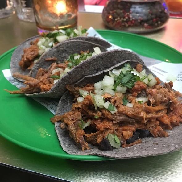 Tacos @ Mercado