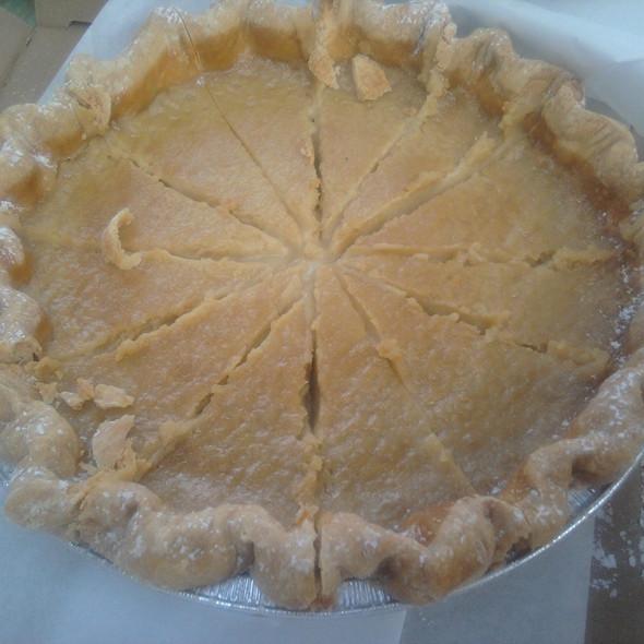 Hoosier Sugar Cream Pie @ Hoosier Mama Pie Company