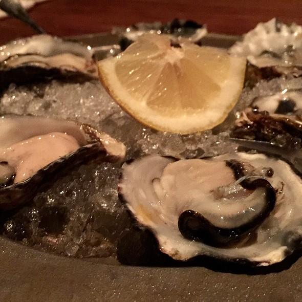 Kumamoto oysters @ Gjelina
