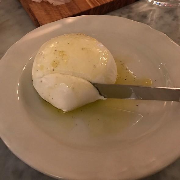 Fresh Mozzarella @ Manzo @ Eataly