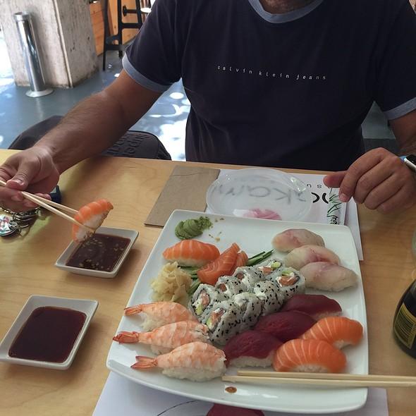 Sushi @ Nakama