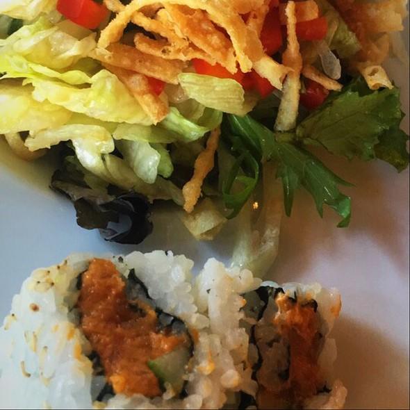 Spicy Tuna Lunch