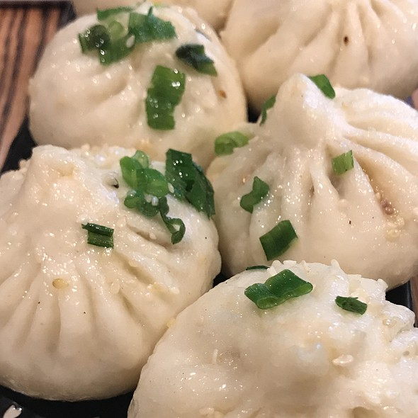 Steamed pork dumplings @ Kungfu Kitchen