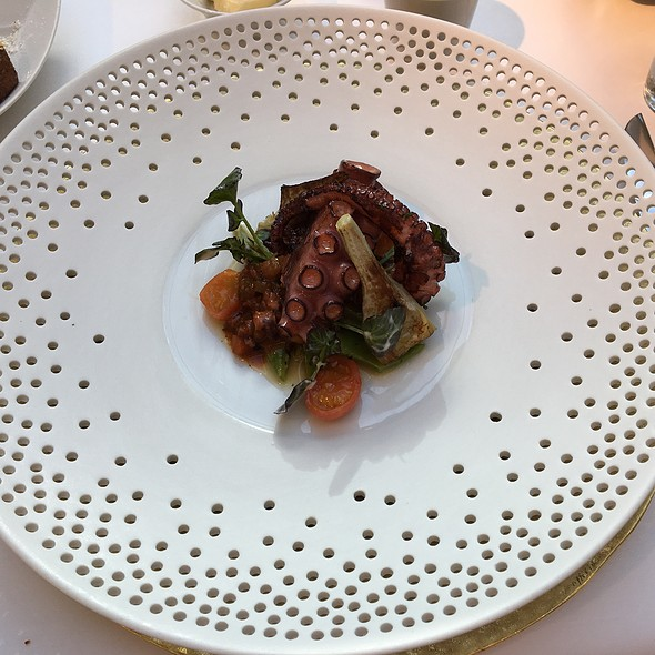 Rock Octopus- Bean, Artichoke And Tomato