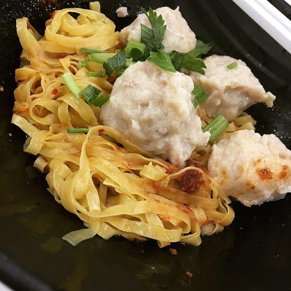 Handmade Teochew Meatball Noodles 手工潮洲肉面 @ KOPITIAM