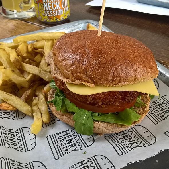 Red Devil Burger @ Henry Burgers