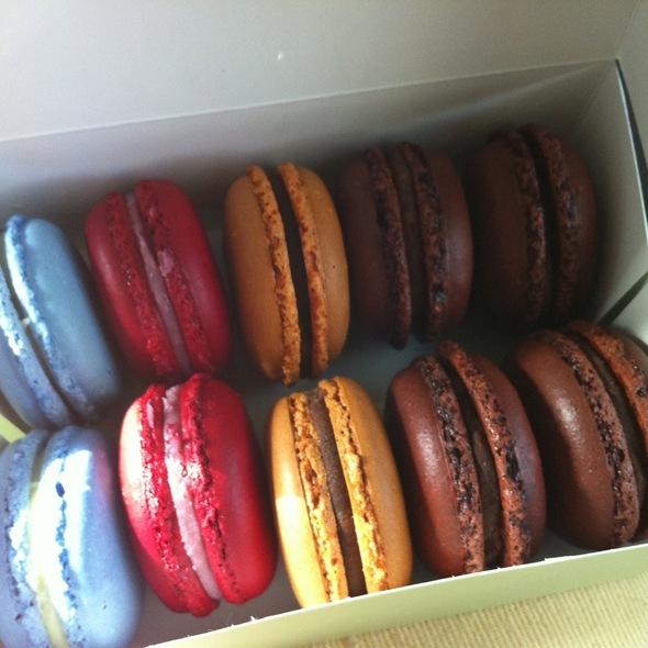 French Macarons @ La Belle Miette