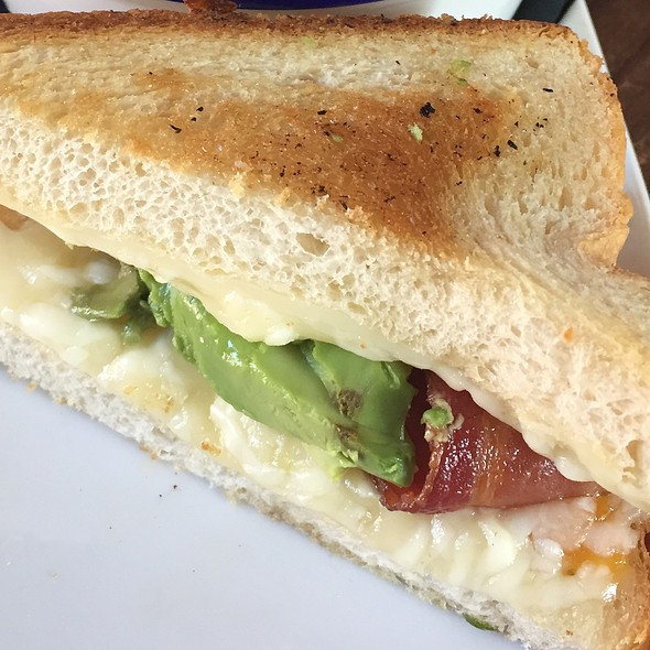Bacon Cali Grilled Cheese