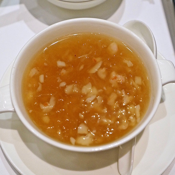 Bird's Nest Soup With Seafood