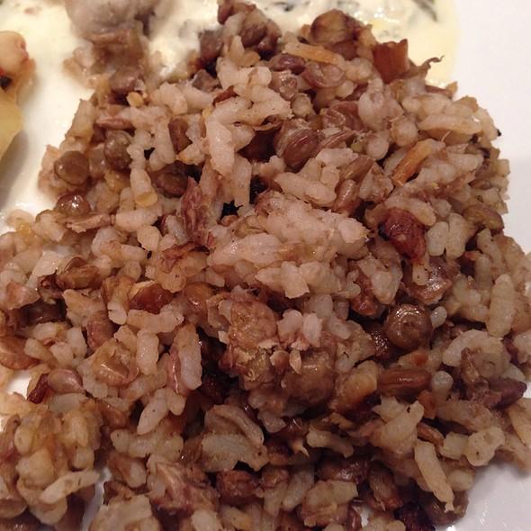 Lebanese Mjadara (Mujadara) Rice With Lentils