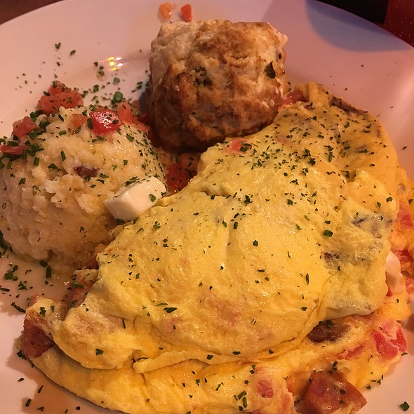 Omlette With Grits