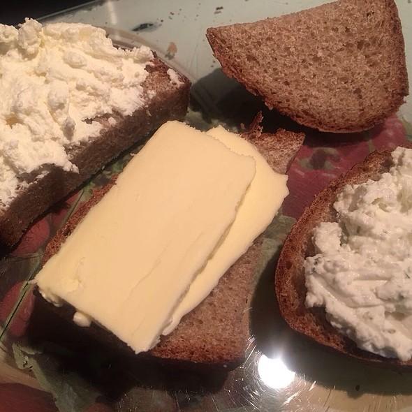 Rye Bread Sandwiches